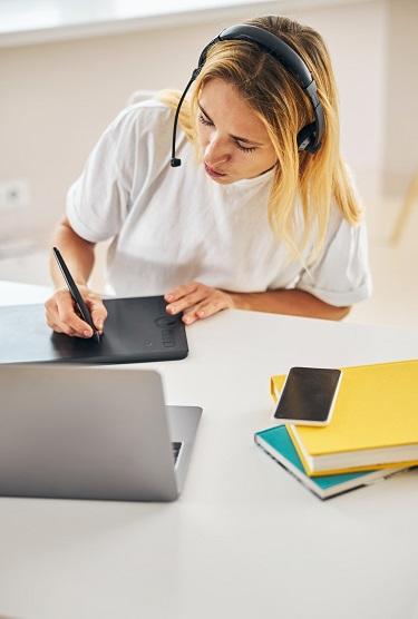 Personlig kursus i hjemmeside & WordPress i København. Lær dig hvordan du selv markedsfører dine forretninger og få daglig support i WordPress